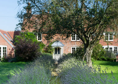 Architecture designs transform this Hamstead Marshall period cottage